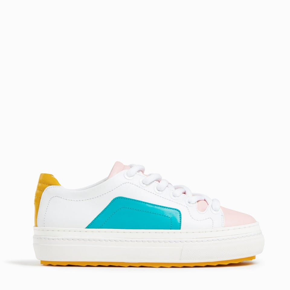 UP SNEAKERS