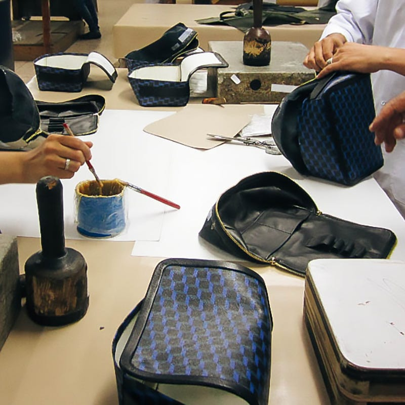 Manufacture of PIERRE HARDY luxury bags and accessories